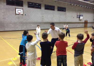 kids_cricket_classes_in_reigate