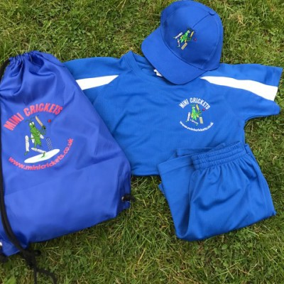 kids_cricket_surrey_kit_2